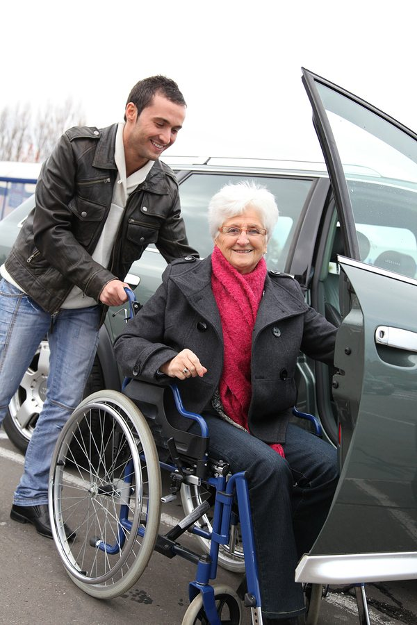 Caregivers in East Meadow NY: Tips for Traveling with your Elderly Parent