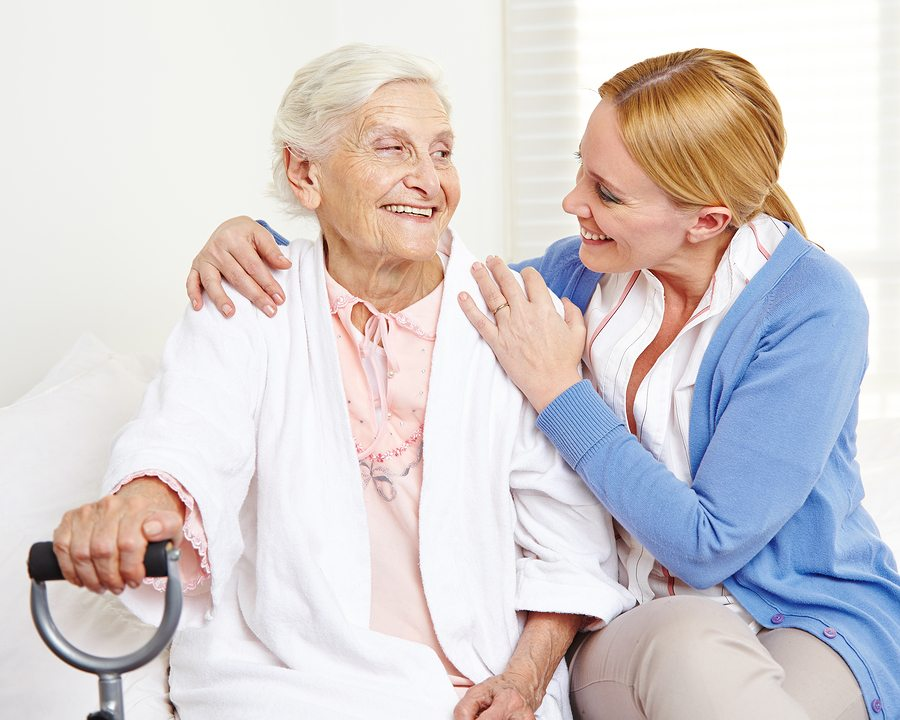 Caregiver in Bay Shore NY: Helping your Senior Adapt to Oxygen Therapy