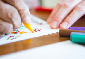 Benefits-of-Art-Therapy-for-Seniors